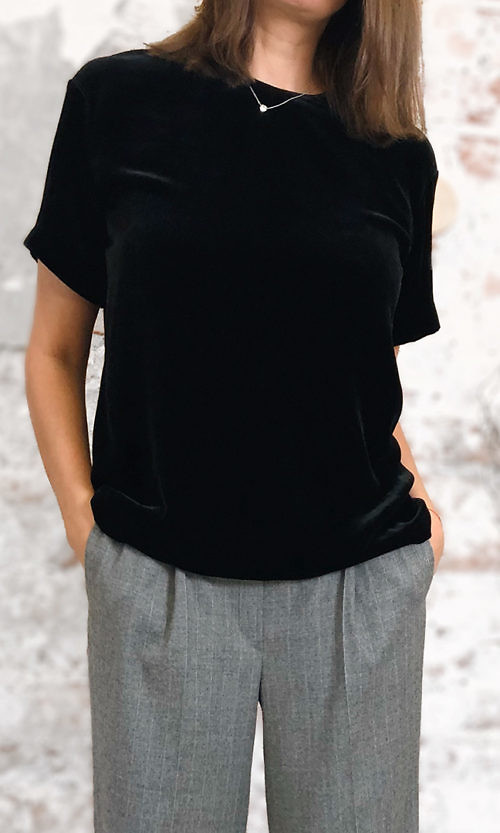 t shirt 1a tverskaya4 500x833 - Футболка бархатная